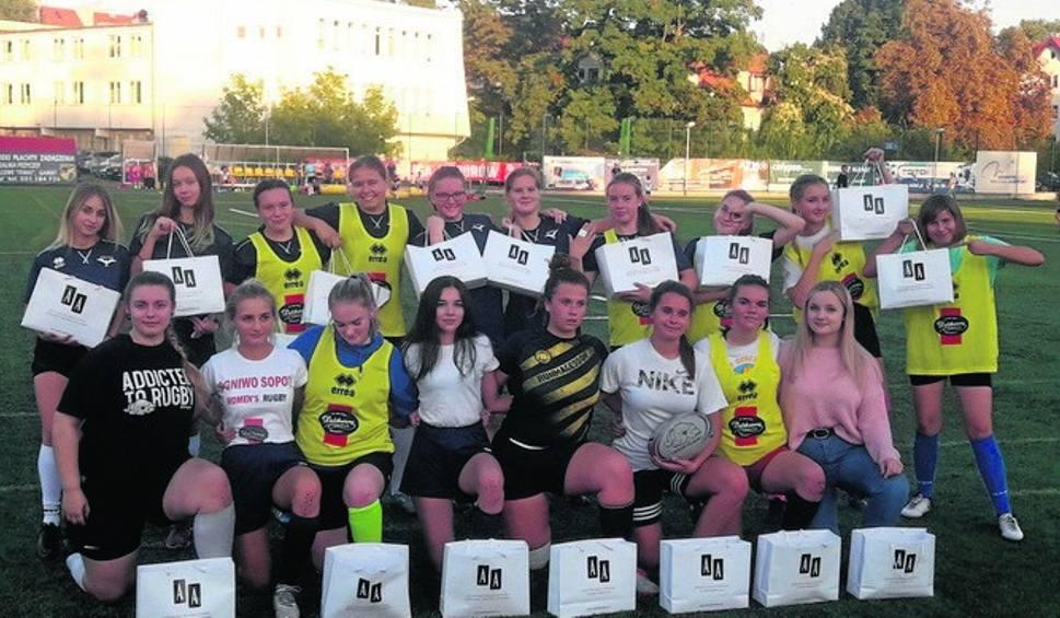 Film do artykułu: Dziewczęta z Ogniwa Sopot wracają do gry. W niedzielę zagrają w Sochaczewie