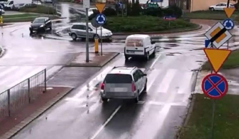 Film do artykułu: Wyszków. Kobieta kierująca peugeotem miała ponad 2 promile. Spowodowała kolizję [WIDEO]