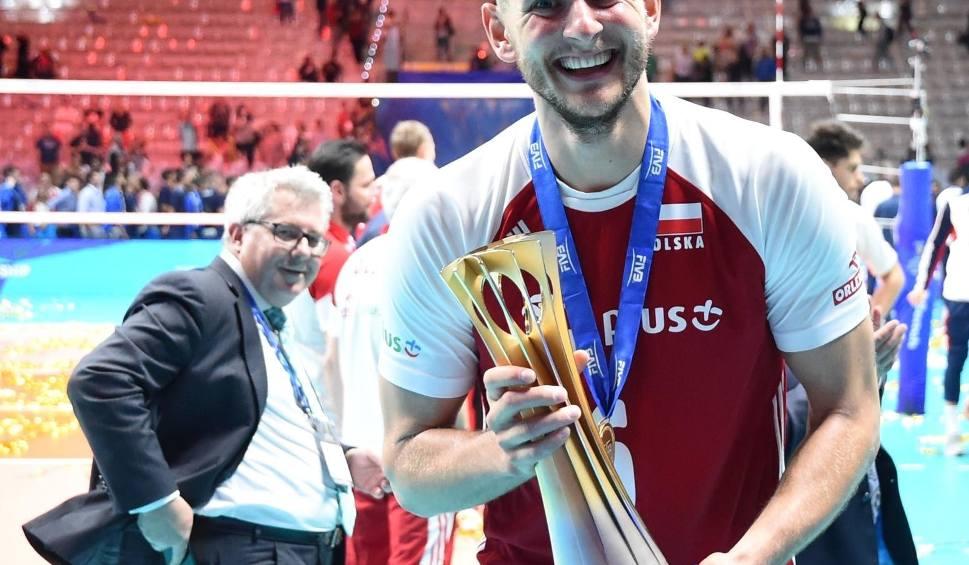 Film do artykułu: Gala i Bal Mistrzów Sportu 2019 [ZDJĘCIA] [WYNIKI] Bartosz Kurek najlepszym sportowcem Polski 2018 roku. Plebiscyt Przeglądu Sportowego