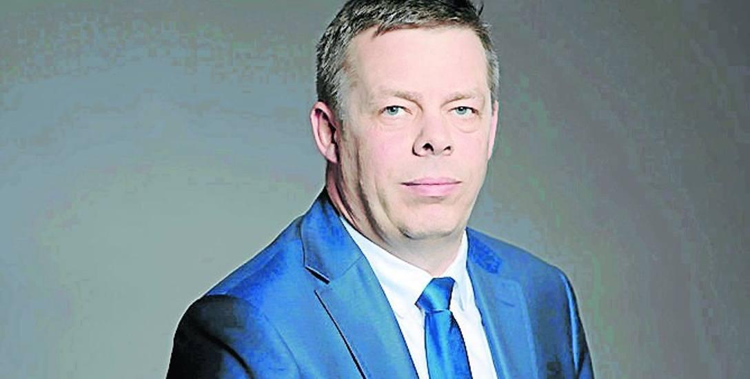 Jan Kleinszmidt reprezentuje w Sejmiku Województwa Pomorskiego Platformę Obywatelską. Pochodzi z Bytowa