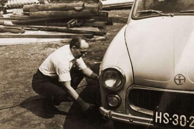 Helmut Wieschollek po wypadku na kopalni nie mógł już wrócić do pracy. Mimo to odnalazł się w nowej sytuacji