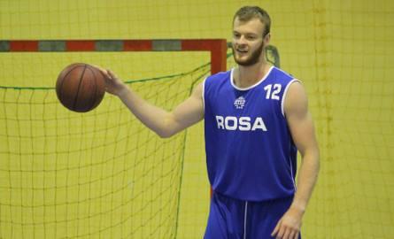 Jarosław Trojan na pierwszym treningu Rosy