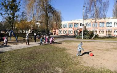 Jeszcze w tym roku ten teren wokół przedszkola zyska zupełnie nowy wygląd. To ucieszy dzieci i rodziców
