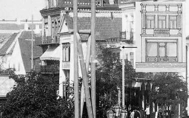 Domy przy Rynku Kościuszki 10, 12 i 14 w 1897 r. W prawym rogu rysunek  elewacji frontowej domu nr 10 z początku XX w.