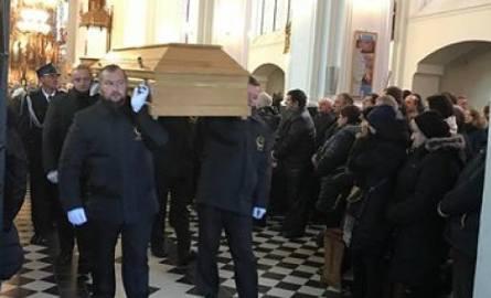 Ks. prałat Kazimierz Karpienia nie żyje. Pożegnały go tłumy wiernych (zdjęcia, wideo)
