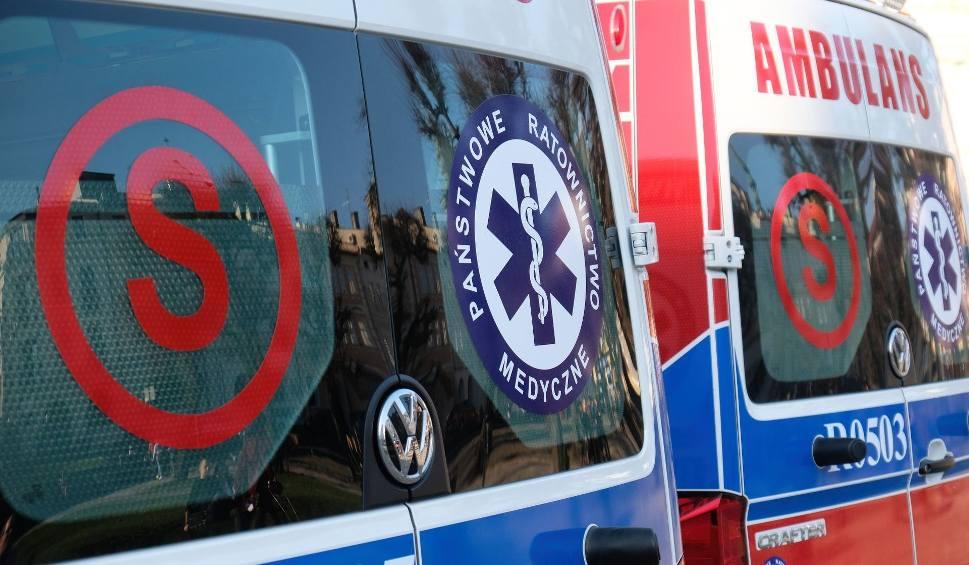 Film do artykułu: PCK zbiera pieniądze na środki ochrony dla ratowników medycznych z Rzeszowa