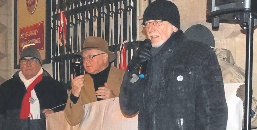 Jak gorszy sort walczy o demokrację. Pikieta Obywateli RP przed sądem w Gdańsku