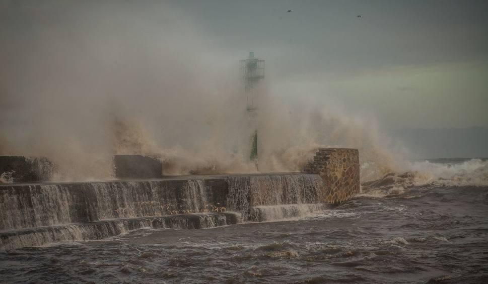 Film do artykułu: UWAGA. Ostrzeżenie przed silnym wiatrem (wideo)