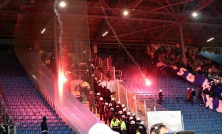 Pirotechnika na meczu Hansa - Hertha