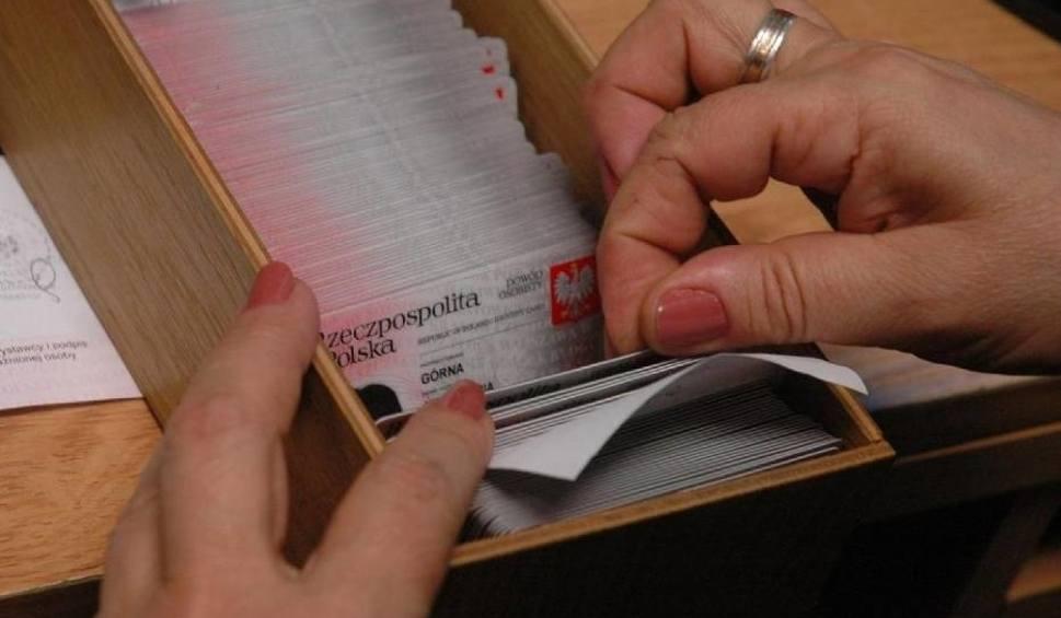 Film do artykułu: Najpopularniejsze nazwiska w Polsce. Kowalski zdetronizowany. Oto najnowsze dane