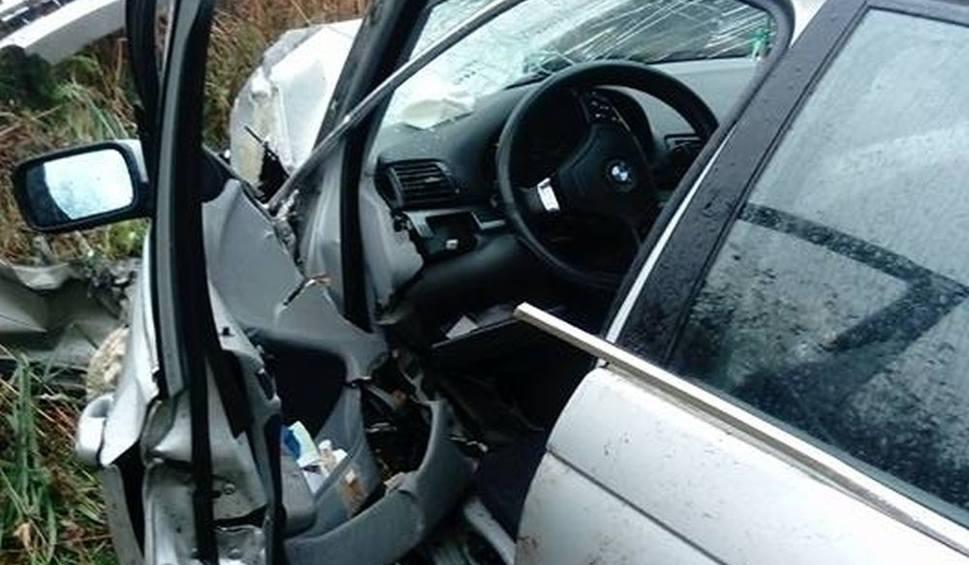 Film do artykułu: Ancuty. Wypadek BMW na trasie Narew - Trześcianka (zdjęcia)