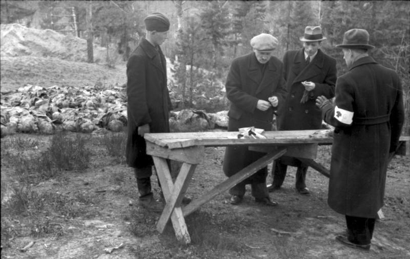 Komisja PCK w Katyniu, 1943 rok