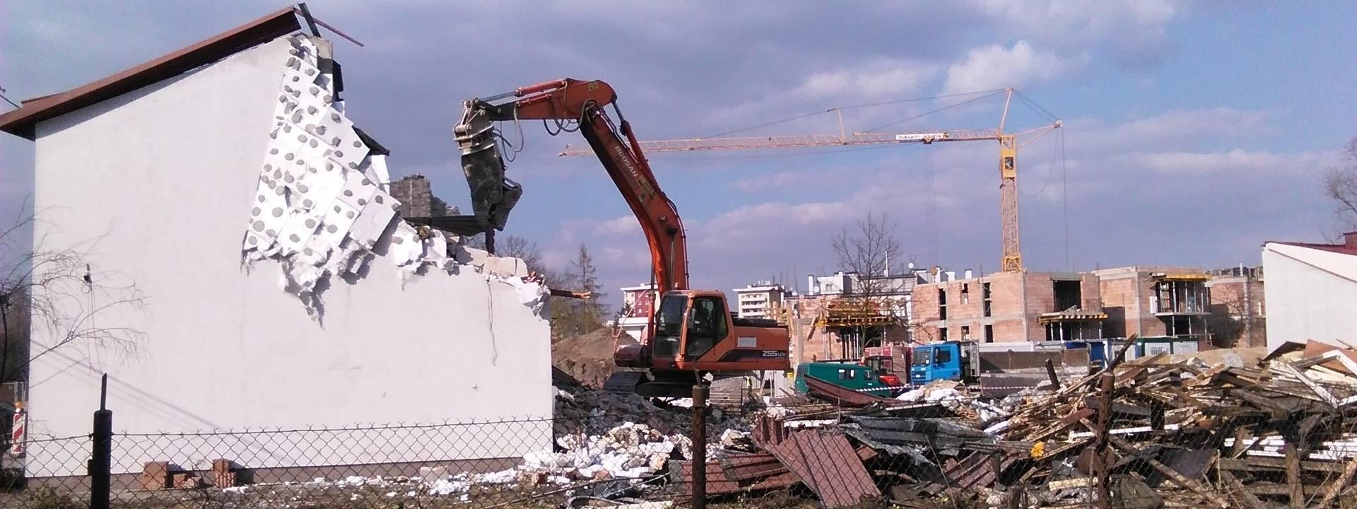 Niebezpieczna strefa w środku Krakowa. Budują Trasę Łagiewnicką, wyburzają domy [ZDJĘCIA]