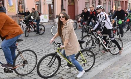 Wiosenna Rowerowa Masa Krytyczna w Toruniu DUŻO ZDJĘĆ