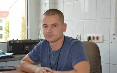 Sebastian Staszak, pracownik socjalny sekcji bezdomności w Gorzowskim Centrum Pomocy Rodzinie uważa, że Streetworker, który będzie pracował z bezdomnymi