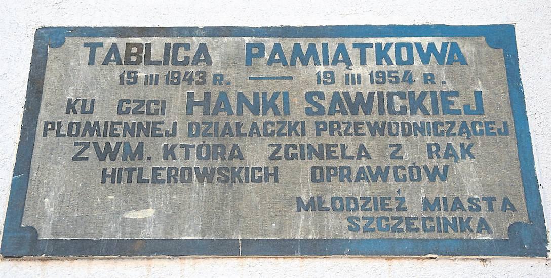 Spacer śladem peerelowskich tablic pamięci w Szczecinku