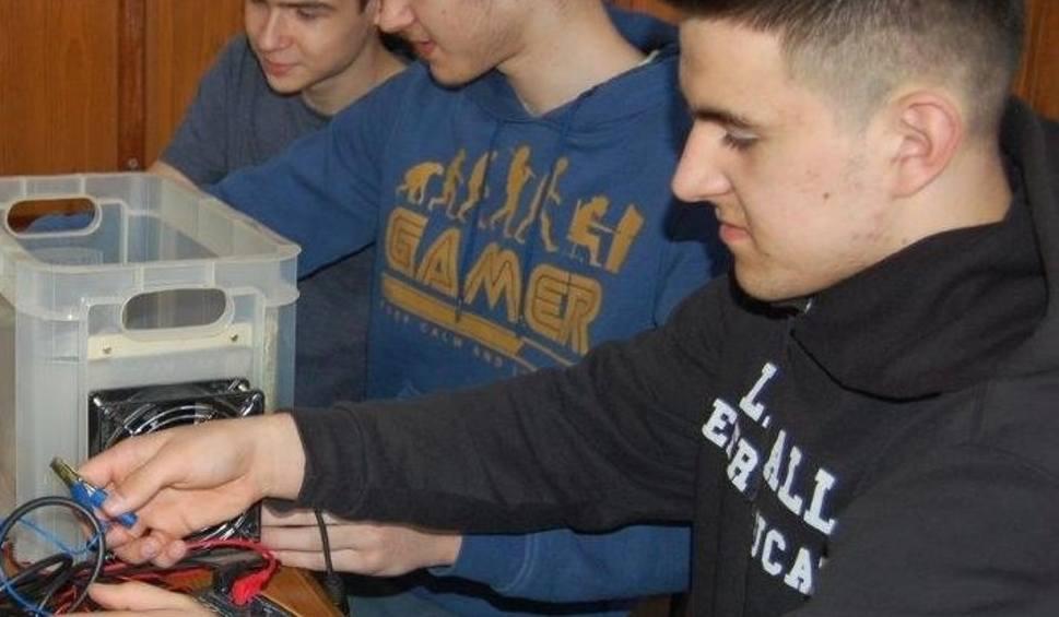 Film do artykułu: Uczniowie niżańskiego elektryka wśród najlepszych naukowców!