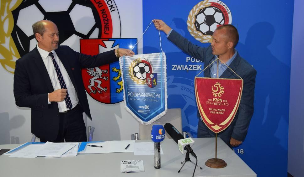 Film do artykułu: Keeza sponsorem klas OAB - kluby dostaną w sumie ponad ćwierć miliona złotych. Kadra U20 zagra na Podkarpaciu 7 października z Niemcami