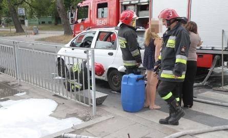 Wypadek na Ślężnej. Volkswagen wjechał w daewoo