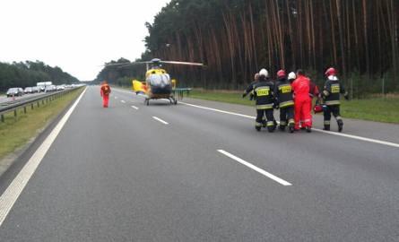 W okolicach węzła Opole Południe w pobliżu miejscowości Ochodze zderzyły się dwa samochody osobowe.