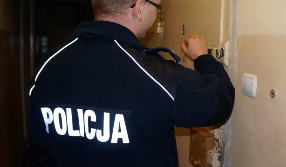 Film do artykułu: Sosnowiec: Policjant w drodze na służbę złapał złodzieja