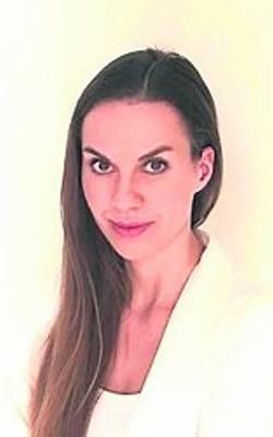 Katarzyna Płużańska-Srebrzyńska, specjalista dermatologii