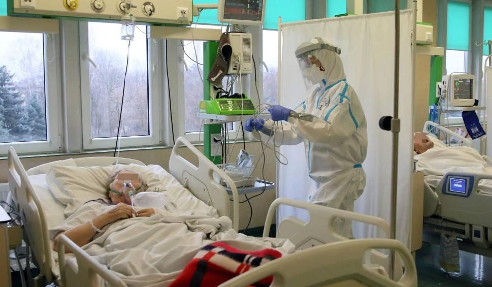 Film do artykułu: Koronawirus w Podlaskiem. RAPORT z 26.01.2021. 145 nowych zakażeń koronawirusem. W Polsce 4 604 zakażeń i 264 zgony