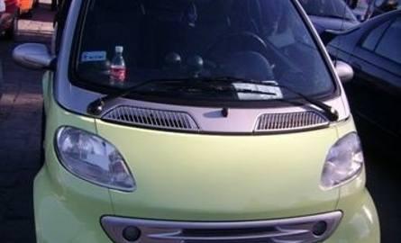Smart, 2001 r. 0,6, ABS, centralny zamek, elektryczne szyby, 2 x airbag, wspomaganie kierownicy, 11 tys. 500 zł.