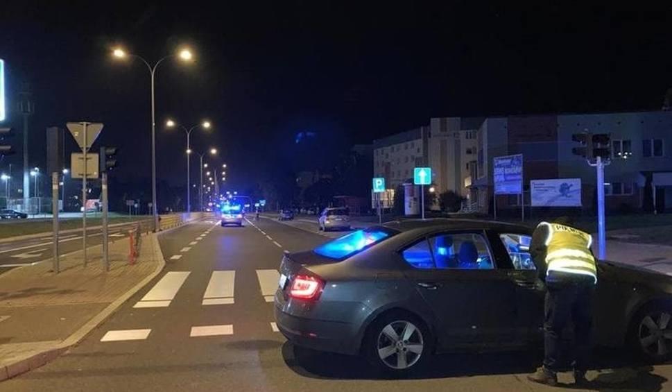 Film do artykułu: Białystok. 9-latek i jego ojciec potrąceni na przejściu. Sprawca uciekł. Był pijany. Teraz usłyszał zarzuty (zdjęcia, wideo)