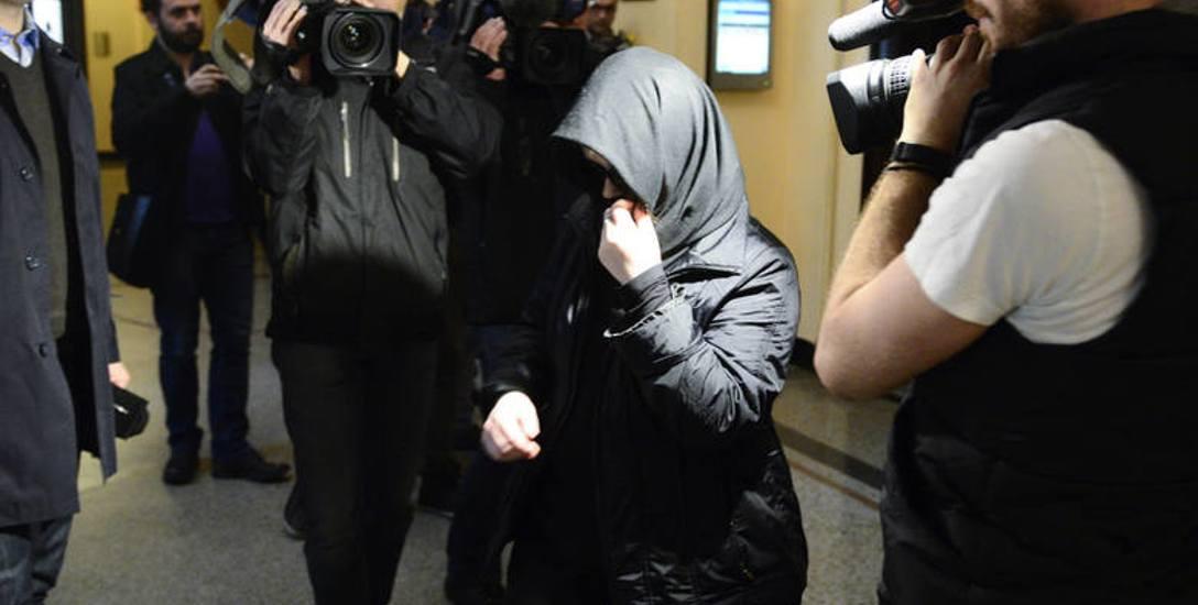 Przed oleśnickim sądem ruszył dziś proces 29-letniej Justyny G., nauczycielki ze Szkoły Podstawowej w Szczodrem. Kobieta jest oskarżona o bicie, wyzywanie
