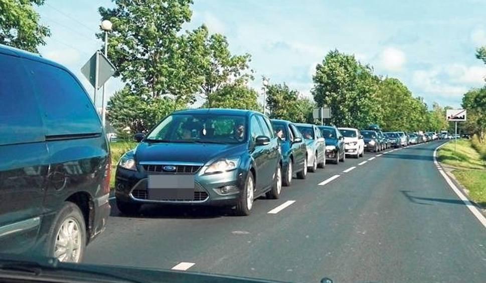 Film do artykułu: Uwaga kierowcy! Korki na drogach nad morze [trasy alternatywne]