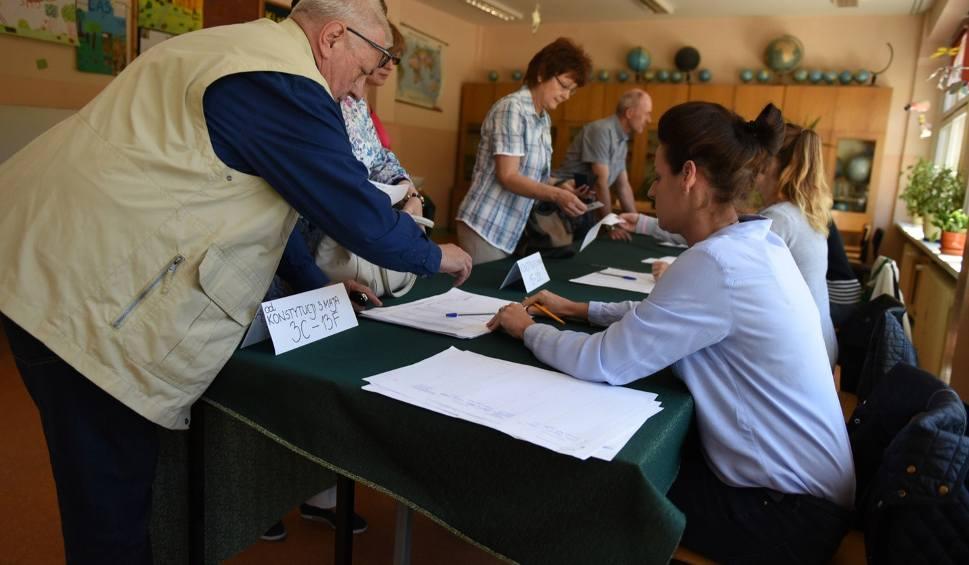 Film do artykułu: Oficjalne wyniki głosowania w okręgu toruńsko-włocławskim. Kto w Sejmie i Senacie?