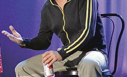 Artur Walaszek, aktor formacji Made in China, debiutował w Zielonogórskim Zagłębiu Kabaretowym w składzie EK w 1997 r.
