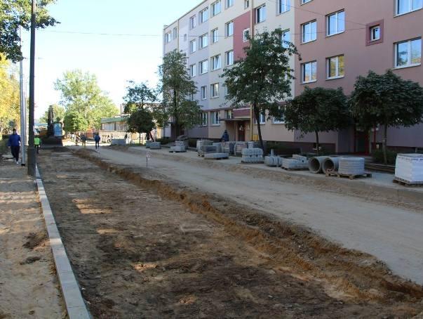 Na osiedlu powstają nowe miejsca parkingowe (zdjęcia, wideo)