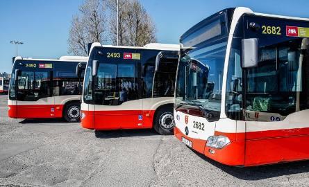 Kierowca GAiT uratował życie pasażerowi, który zasłabł w autobusie linii nr 227/zdjęcie ilustracyjne.