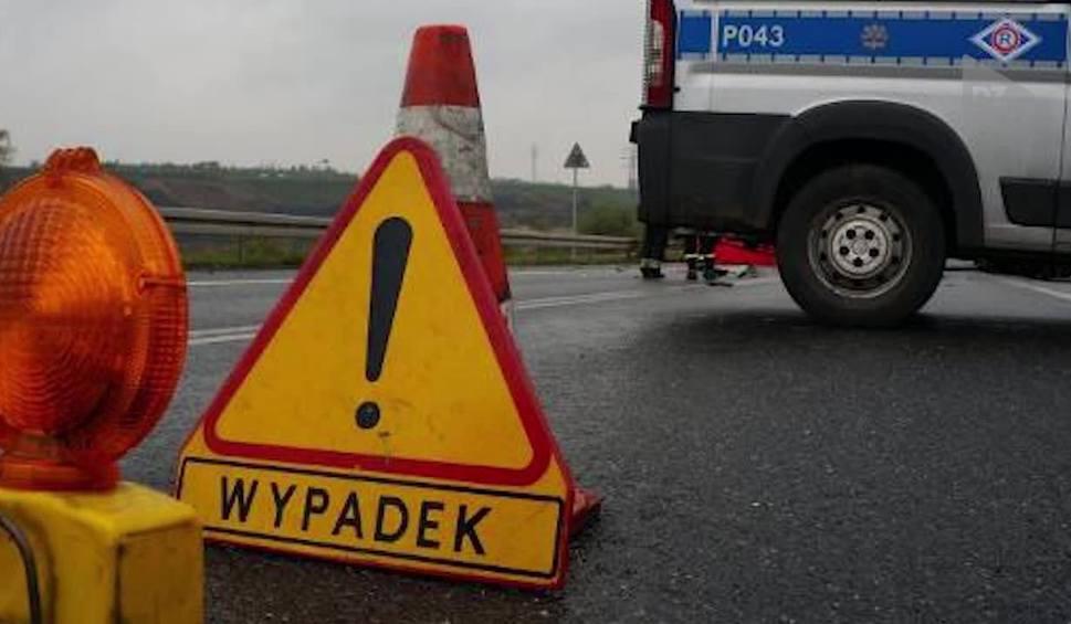 Film do artykułu: Drogowy raport DZ: Śmiertelny wypadek, pościg i pijany kierowca NOGA Z GAZU