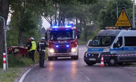 Ruszył proces Łukasza O., oskarżonego o spowodowanie w Złotorii wypadku, w którym zginęła jego żona, a 9-letni syn odniósł obrażenia. 35-latek z gminy