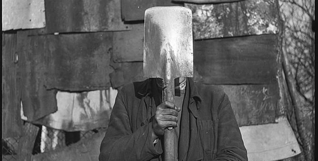 J. Lewczyński, Nieznany, 1959