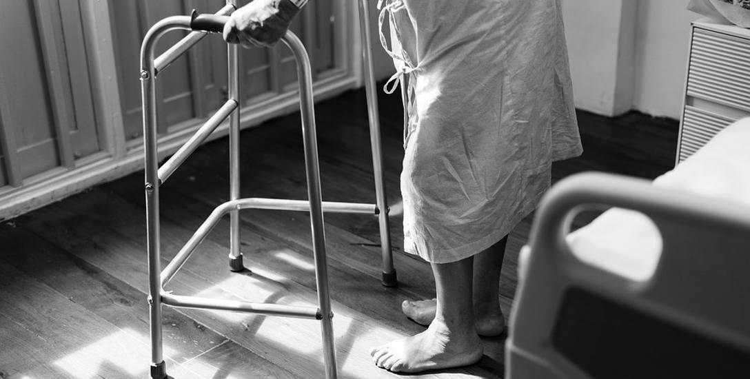 Więcej łóżek w zakładach opiekuńczych. NFZ zwiększył świadczenia