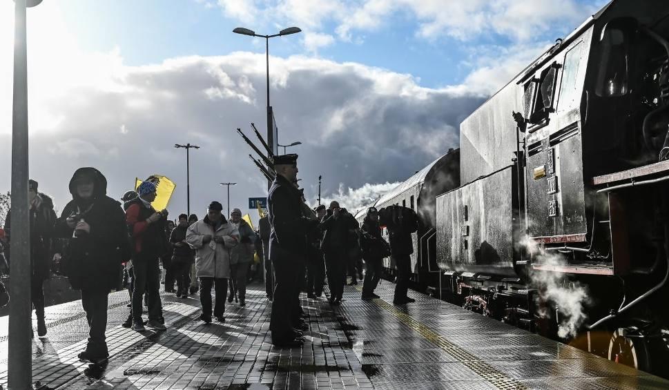 Film do artykułu: 100. rocznica zaślubin Polski z morzem. Podróż do przeszłości czyli... jak wszystkie drogi prowadziły do Pucka