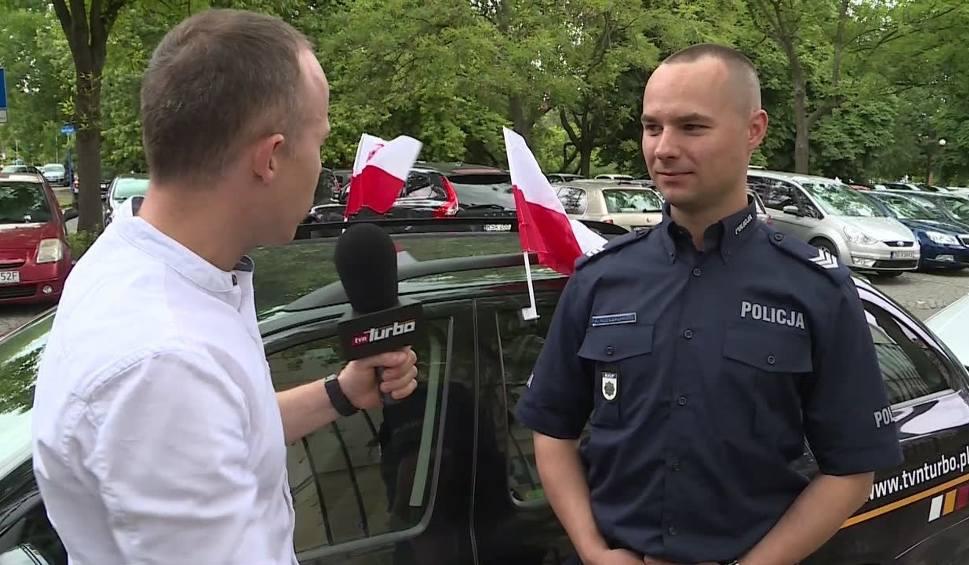 Film do artykułu: Uwaga zmotoryzowani kibice! Za flagę na samochodzie grozi mandat do 500 zł