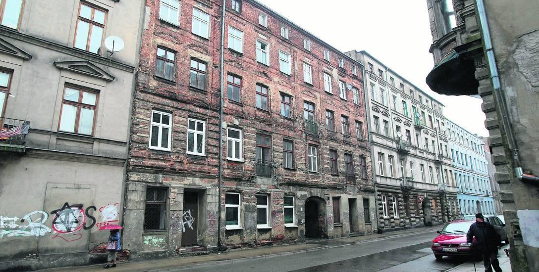 Wiele kamienic straciło architektoniczne detale w latach 50. i 60.