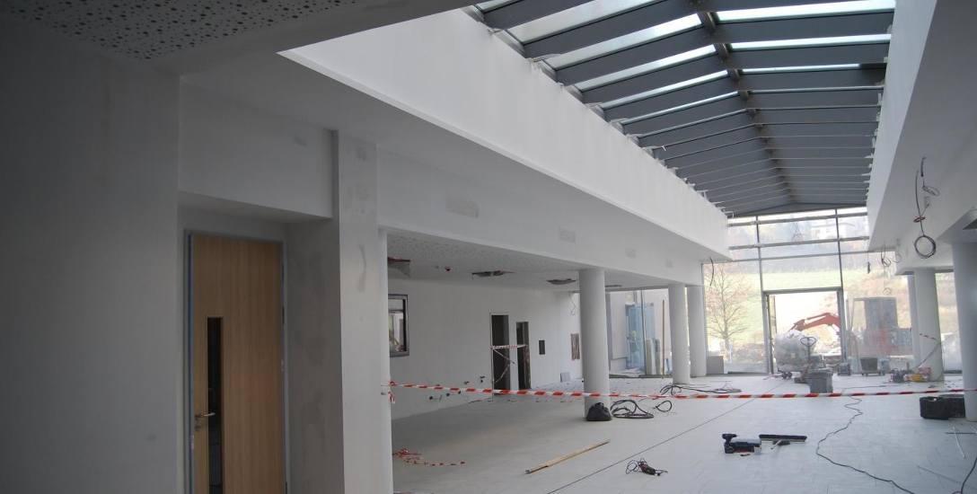 Postęp prac w nowym Szpitalu Powiatowym w Żywcu jest widoczny. Mają się zakończyć w grudniu