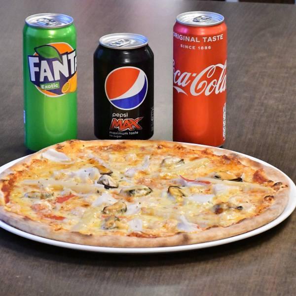 Podatek cukrowy odbije się też na cenach napojów w restauracjach i pubach. Restauratorzy zapowiadają podwyżkę o około 1 zł za zamówiony napój. Jednak