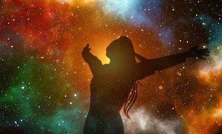 Horoskop dzienny na dziś NIEDZIELA, 24 marca 2019. Sprawdźcie w horoskopie dziennym, co się wydarzy. HOROSKOP NA DZIŚ [24.03.2019 r.]