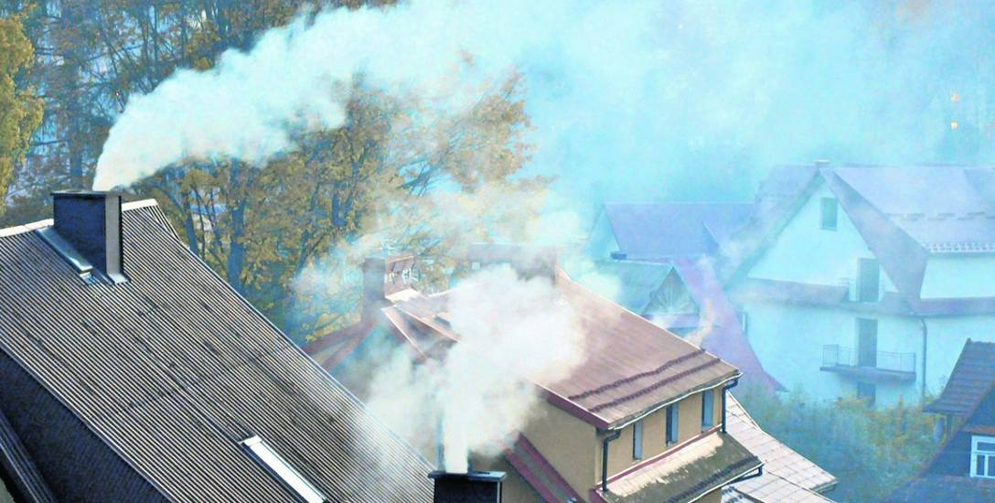 Burmistrz Ustki powołał zespół do wdrożenia działań na rzecz wzrostu jakości powietrza. To odpowiedź na apele mieszkańców