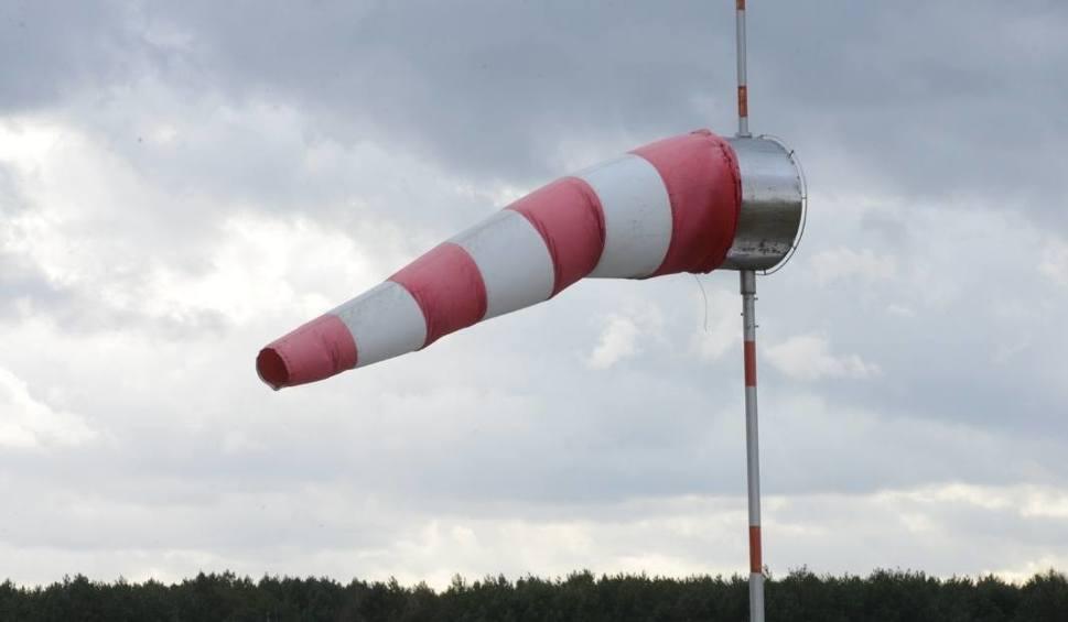 Film do artykułu: Orkan Ksawery nadciąga nad region. Wiatr nawet do 130 km/h!