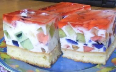 Pyszne ciasto z galaretkami bez pieczenia.
