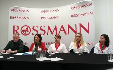 Łzy na konferencji Rossmanna. Zbierasz punkty? Zobacz komu pomogły [ZDJĘCIA]