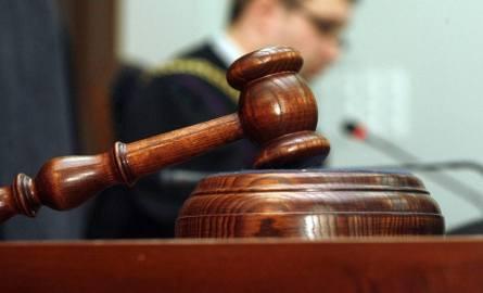 Sklepikarz z Rawy Mazowieckiej miał  podrobione towary za 1,5 mln zł